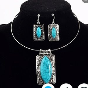 NWT TIBETAN SILVER & TURQUIOSE NECKLACE & EARRINGS